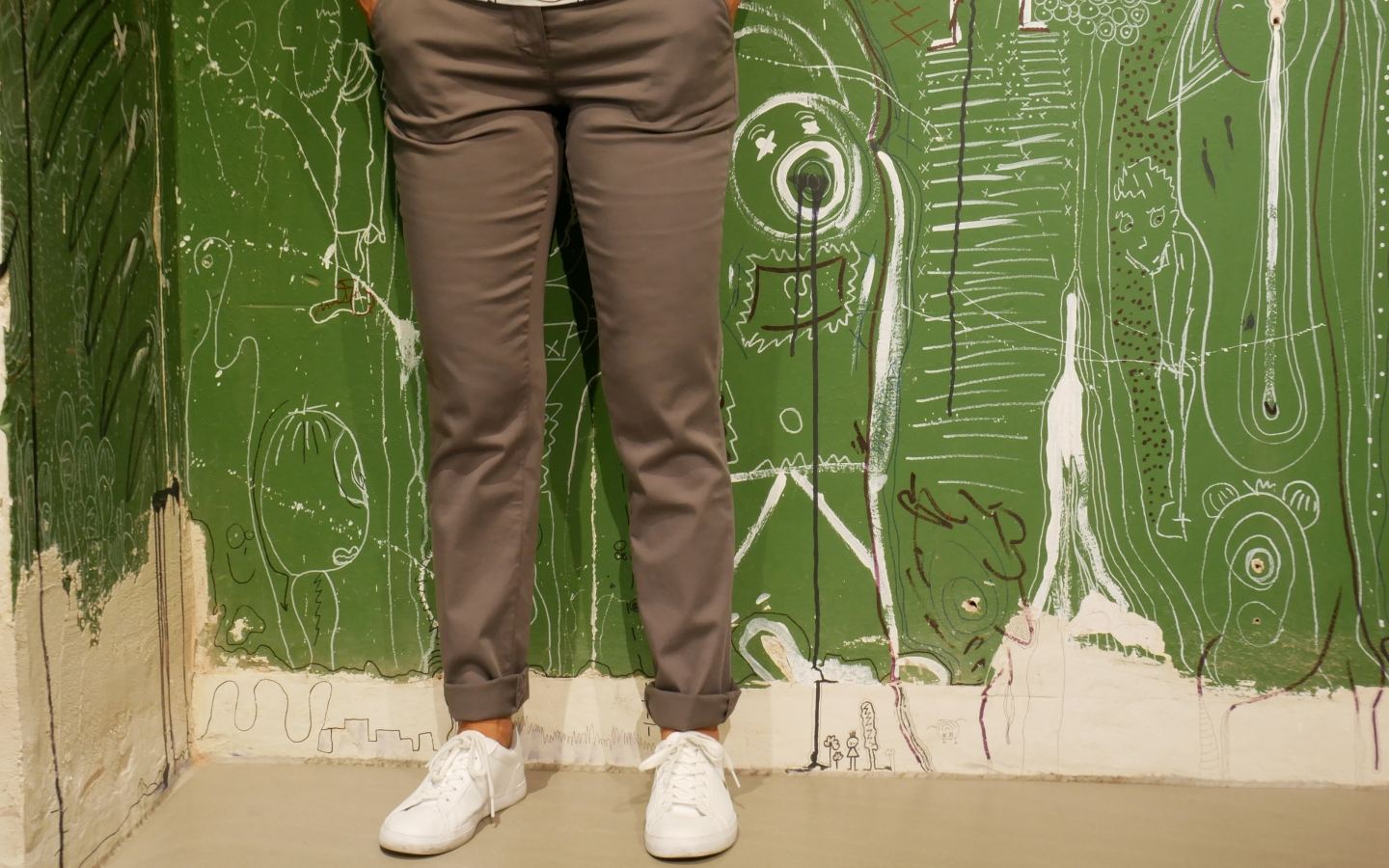 Chino dark grey
