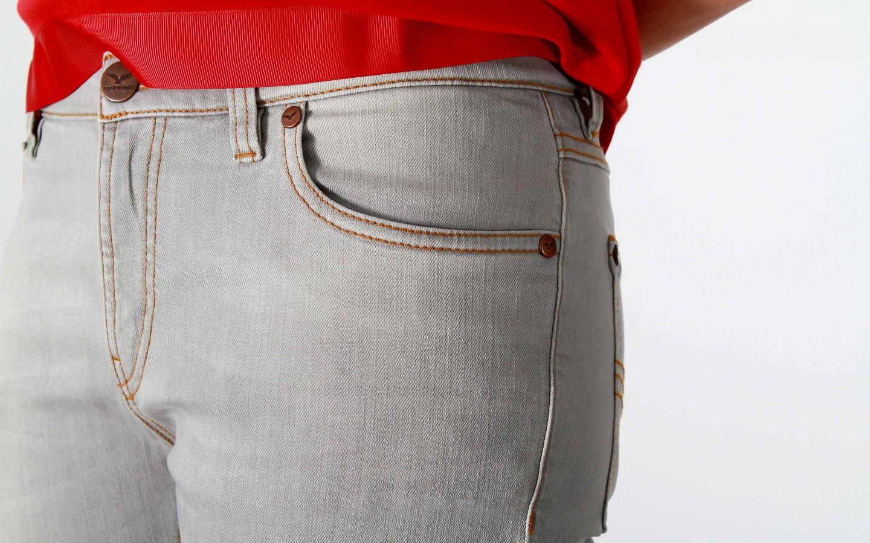 frauen-jeans-fashion-grey01-feuervogl.jpg