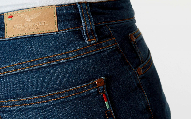 frauen-jeans-svenja-fashion-blue06-feuervogl.jpg