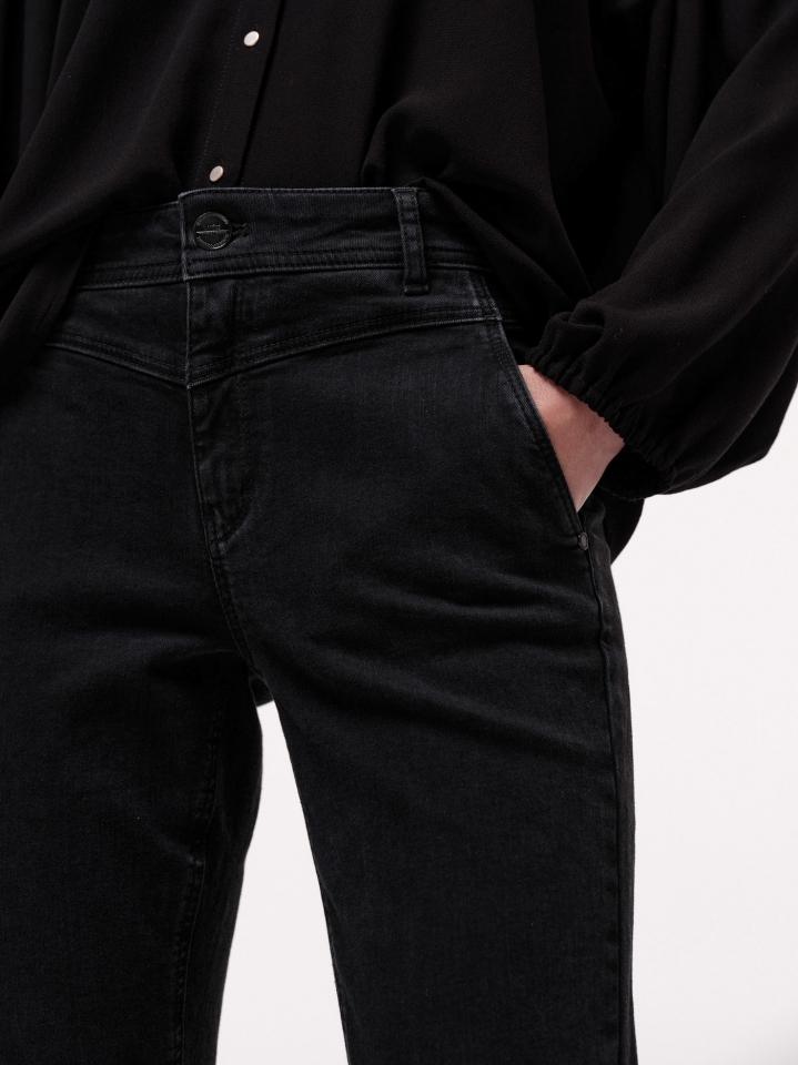 lanius_aw21_12607-00_high-waist-jeans_black-denim_05_1.jpg