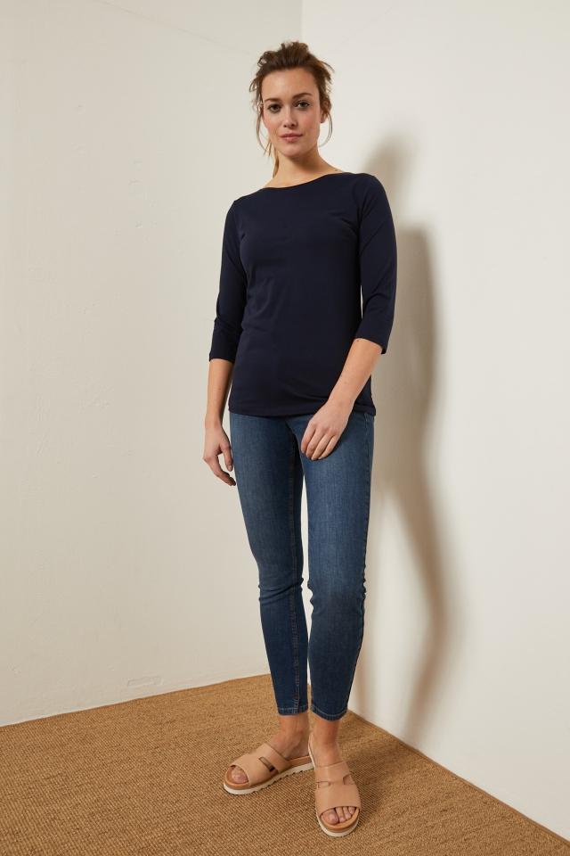 lanius_fs19_12242-00_high-waste-jeans_mid-blue-denim_02.jpg