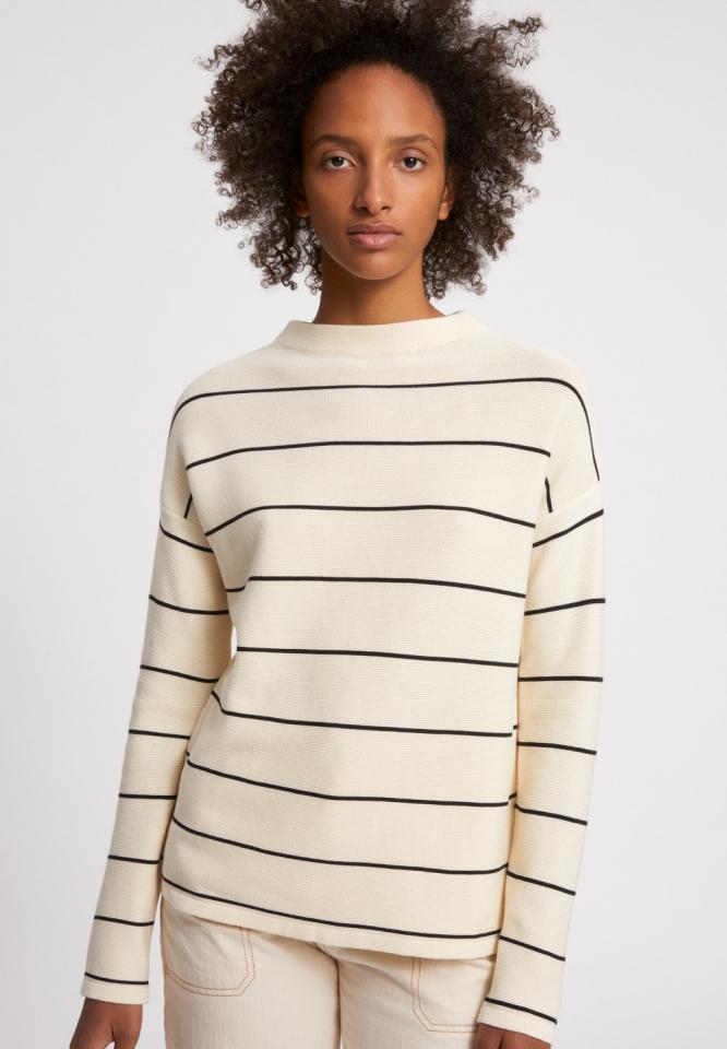 Medinaa Fine Stripes