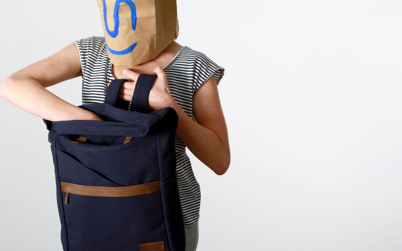 taschen-ansvar-rucksack-blau03-mela-wear.jpg