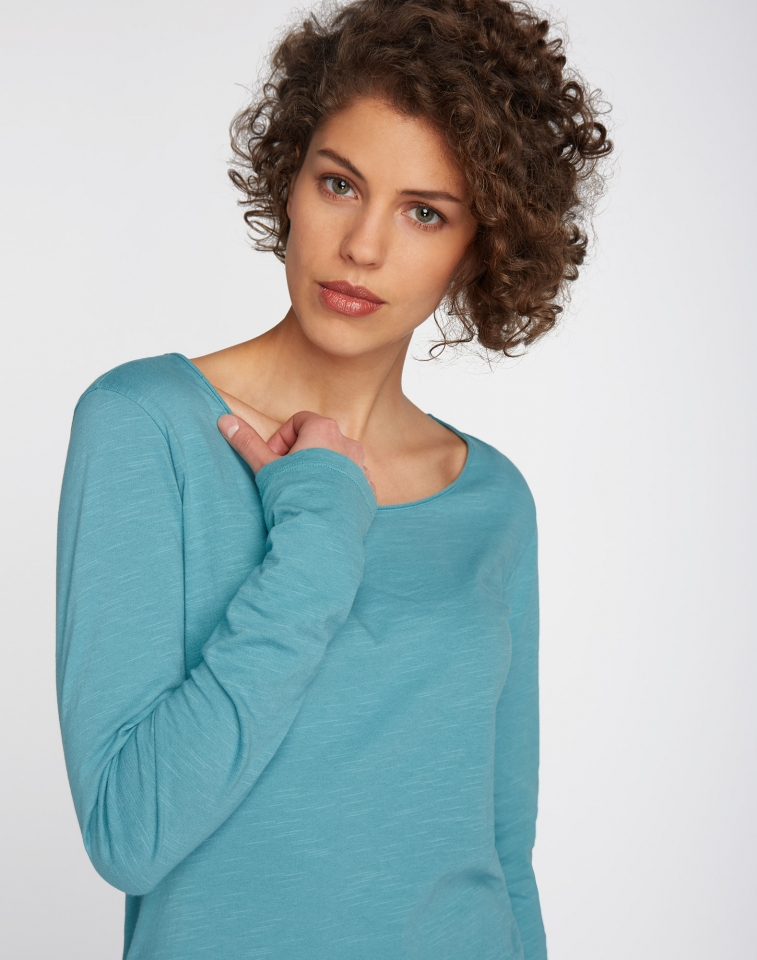 w218-03-e04-longsleeve-shirt-basic-06.jpg
