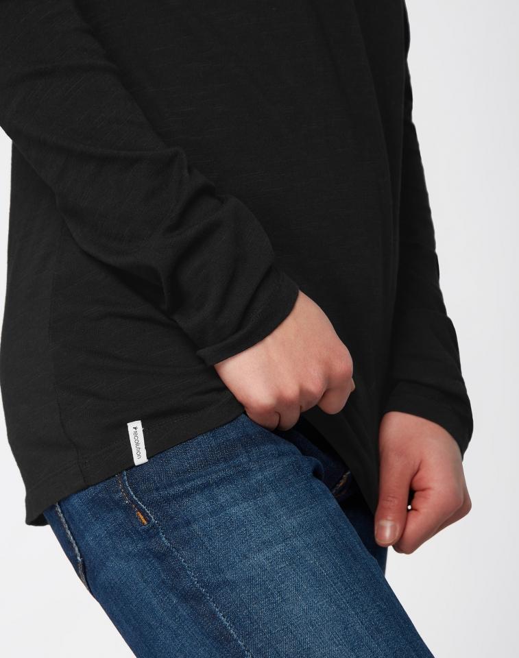 w218-03-h03-longsleeve-shirt-basic-07.jpg