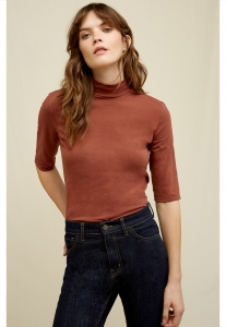 Cecily Turtleneck Top Cinnamon
